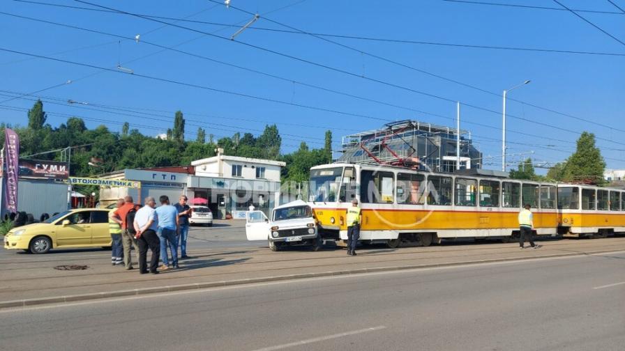 <p>Катастрофа с трамвай в София</p>