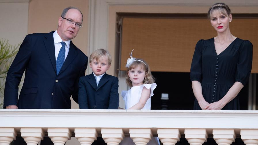 Принц Алберт и принцеса Шарлийн с децата им - близнаците Жак и Габриела