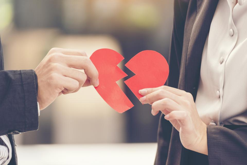 двойка връзка скандал раздяла