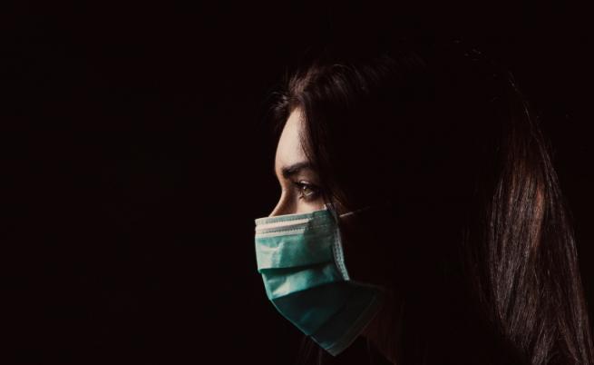 Пагубният ефект на локдауна: Как самотата ни опустоши