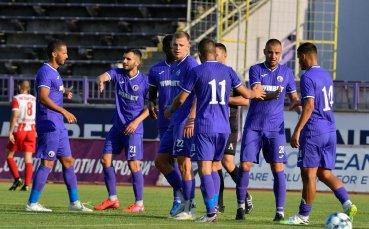 НА ЖИВО: Етър 0:0 Левски Лом, отменен гол на гостите