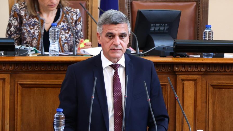 <p>Стефан Янев даде информация за&nbsp;състоянието на държавния бюджет</p>