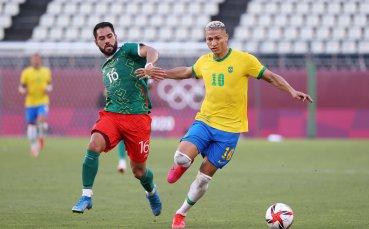 НА ЖИВО: Мексико 0:0 Бразилия, Георги Кабаков отмени дузпа