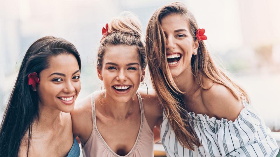 жени лято