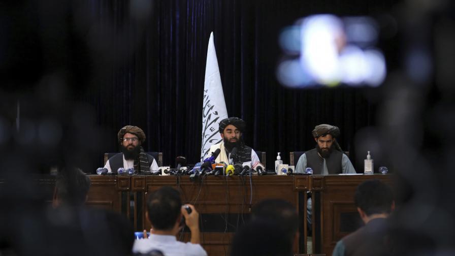 Първа пресконференция на талибаните в Кабул