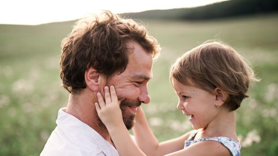 10 неща, които бащите на момичета знаят