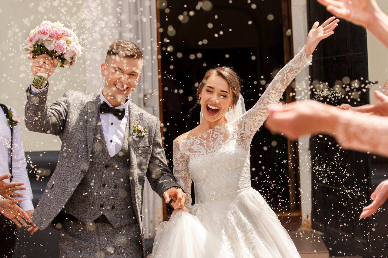 <p>Допада му идеята за брака.&nbsp;</p>  <p>&nbsp;</p>