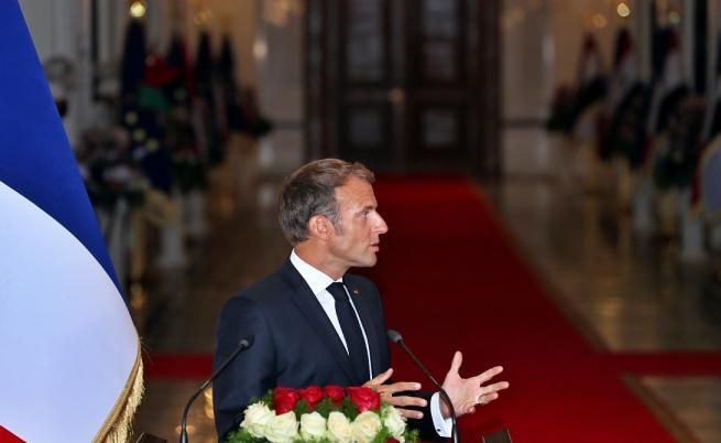 Макрон: Франция остава в Ирак, каквото и да решат САЩ
