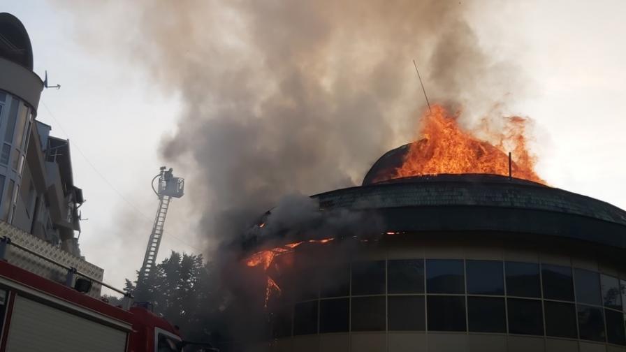 <p>Овладяха пожара в Благоевград&nbsp;</p>