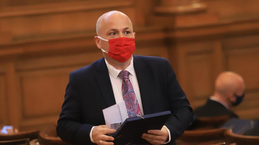 9-и септември скара депутатите в НС