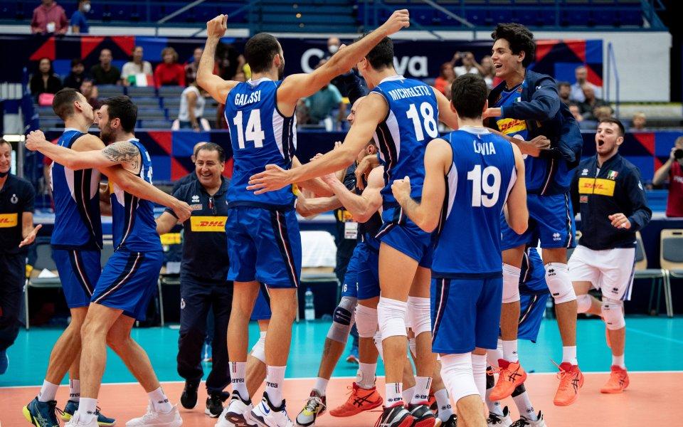 Италия победи Германия и се класира за полуфиналите на Евроволей 2021