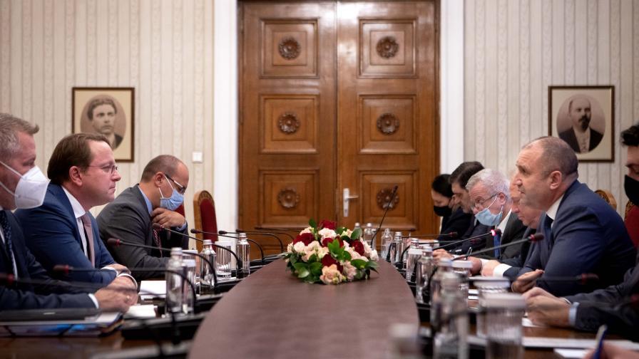 <p>Радев: Обещанията на Северна Македония вече не работят</p>