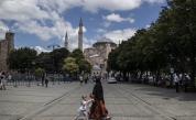 Всички малки деца да изучават Корана? Заплаха за светска Турция