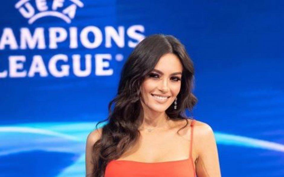 Албанската красавица Ева Мурати остана много доволна от разгрома на