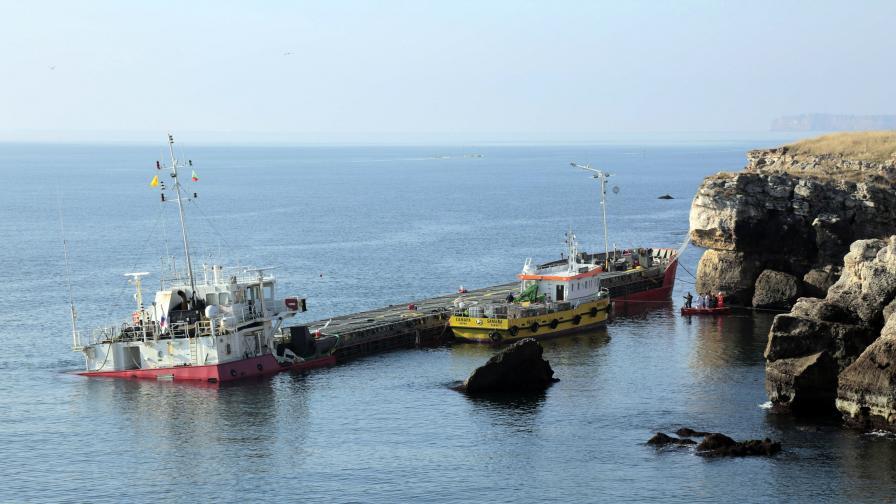 """Различни дейности, извършвани на кораба """"Вера Су"""""""
