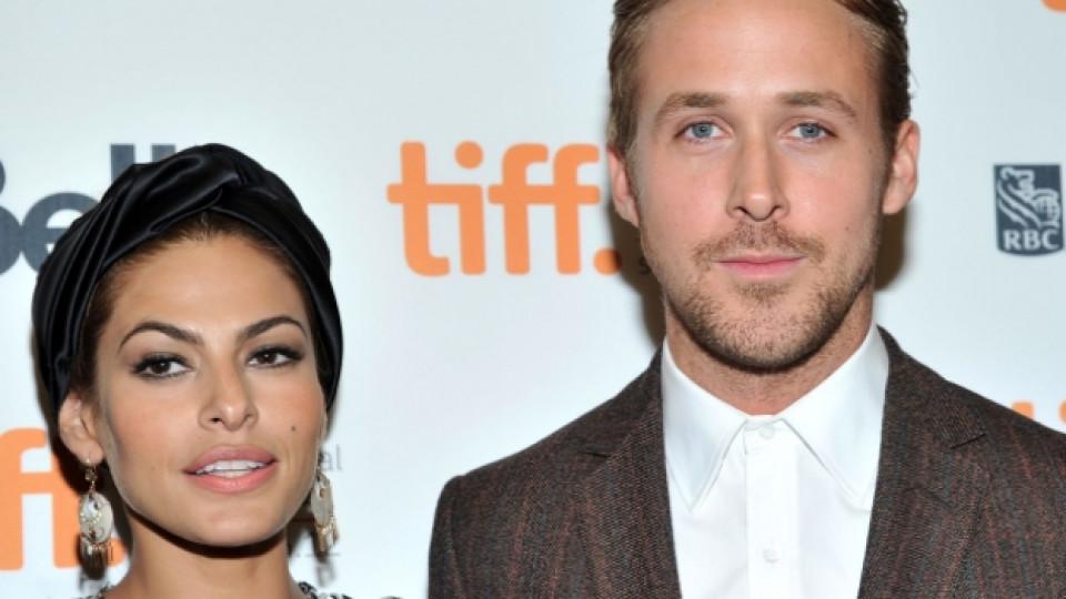 Райън Гослинг е обвързан с актрисата Ева Мендес (39 г.) от година и половина