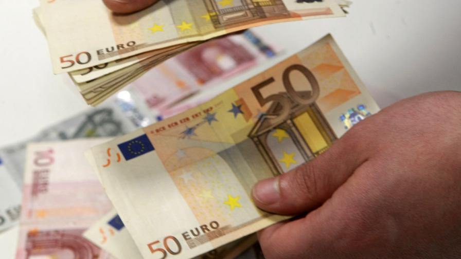 БСП и ГЕРБ спорят спрени ли са плащанията по еврофондовете