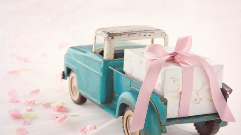 Какво да подарим на сватба