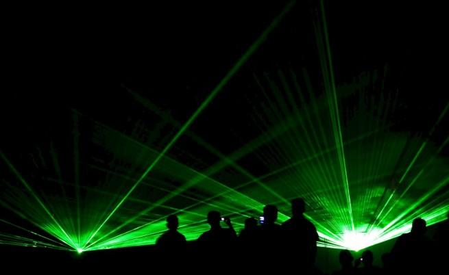 Кипърски шегаджии заслепяват самолети с лазер