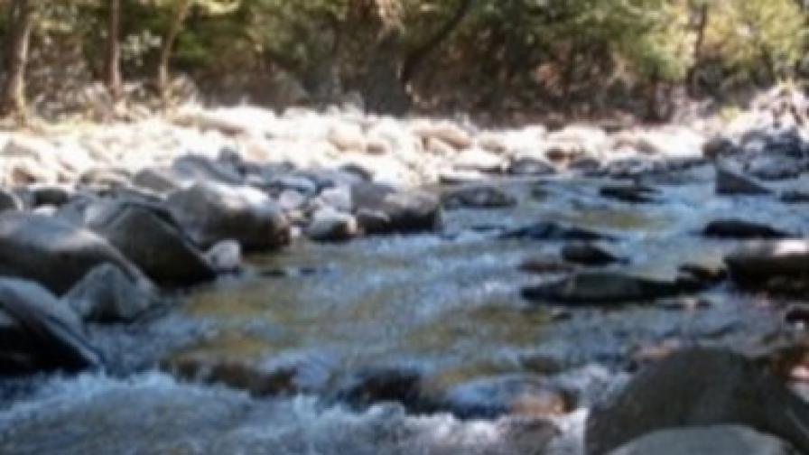 17-годишно момиче загина при падане от скала