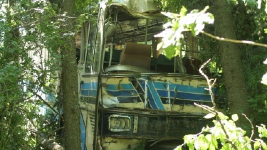 6500 автобуса над 15 години превозват хора