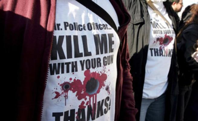 Гърция съди двама полицаи за убийството, от което започнаха бунтовете