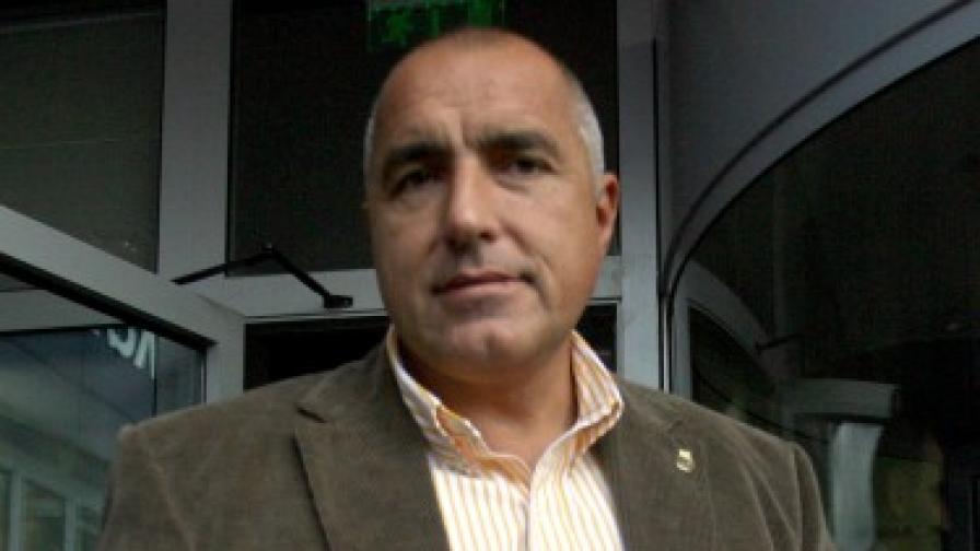 Борисов поиска пълно разсекретяване на досиетата