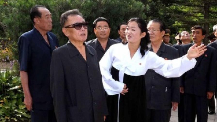КНДР: Правим нови ядрени оръжия