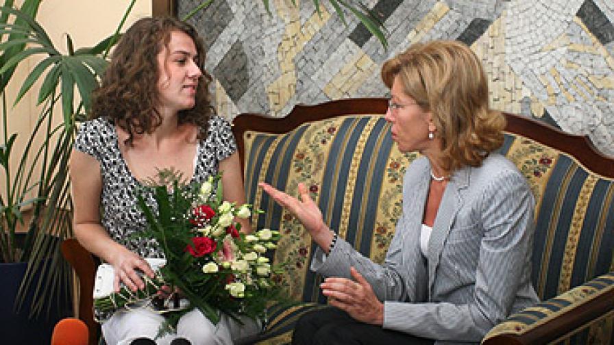 Ще докладваме на ЕК за делото за детето на Спаска Митрова