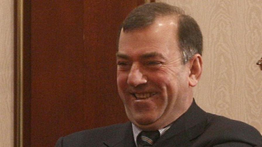 Стоян Александров беше министър на финансите в правителството на ДПС с премиер Любен Беров