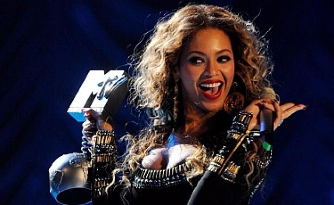 Бийонсе с три награди от MTV и в Берлин