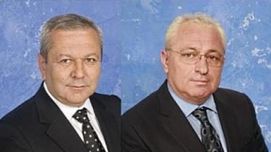 Митхат Табаков (л), Гюнай Сефер