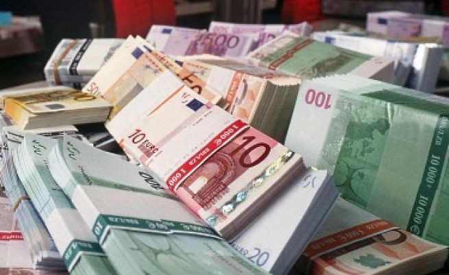 Гръцкият дълг достигна 300 млрд. евро