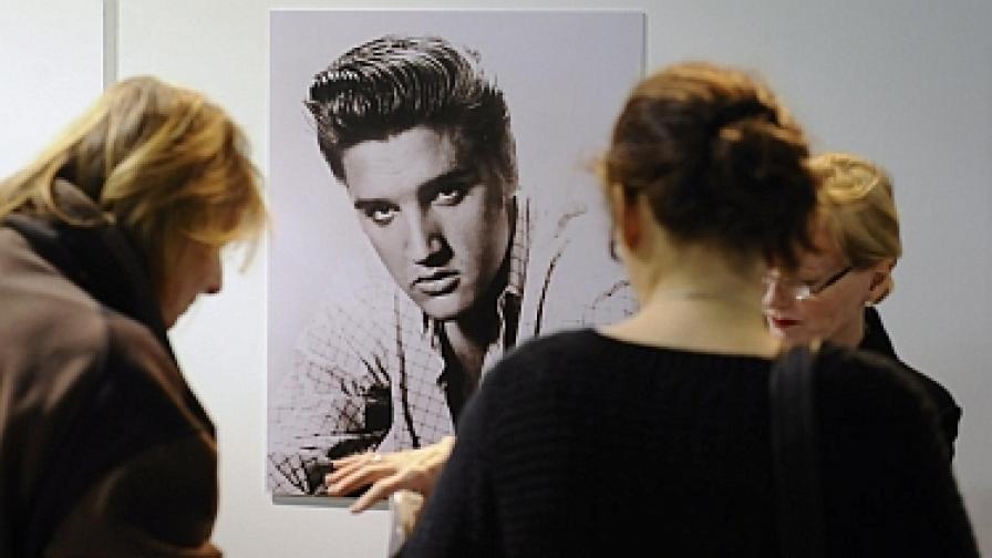 Почитателите на Елвис по цял свят отбелязват 75-годишнината от рождението му
