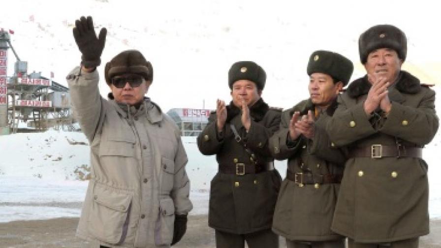 САЩ: Пхенян да не бърза с мирния договор