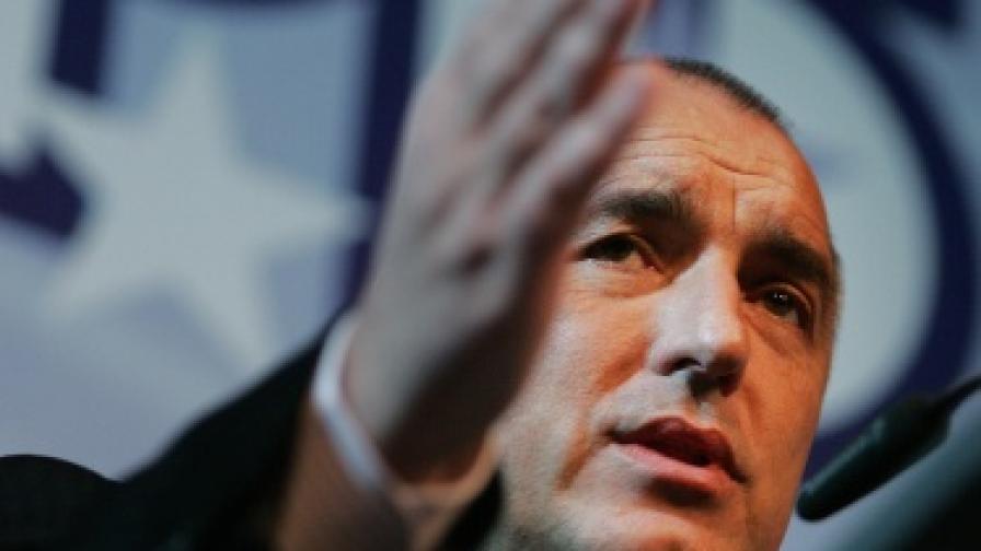Борисов: Магистралите са по-важни от един комисар