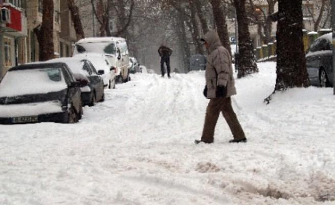 Сняг затрупа Източна България