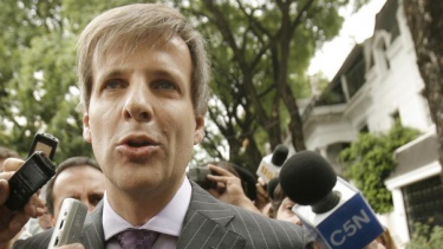 Аржентина: Гонят шефа на Централната банка с полиция
