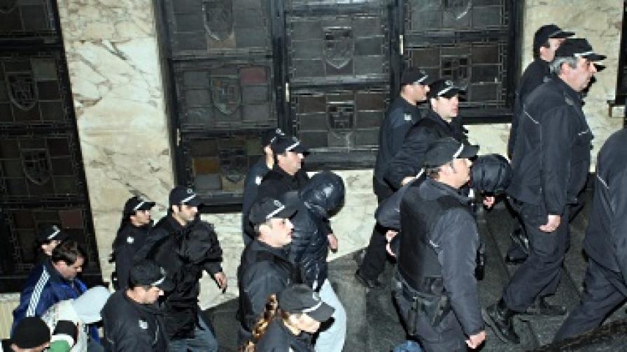 """Пуснаха един от """"Наглите"""" от ареста срещу 20 хил. лв."""