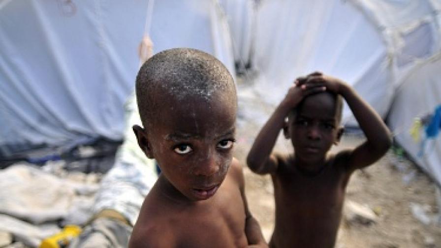Да помогнем на децата и жените в бедстващи райони