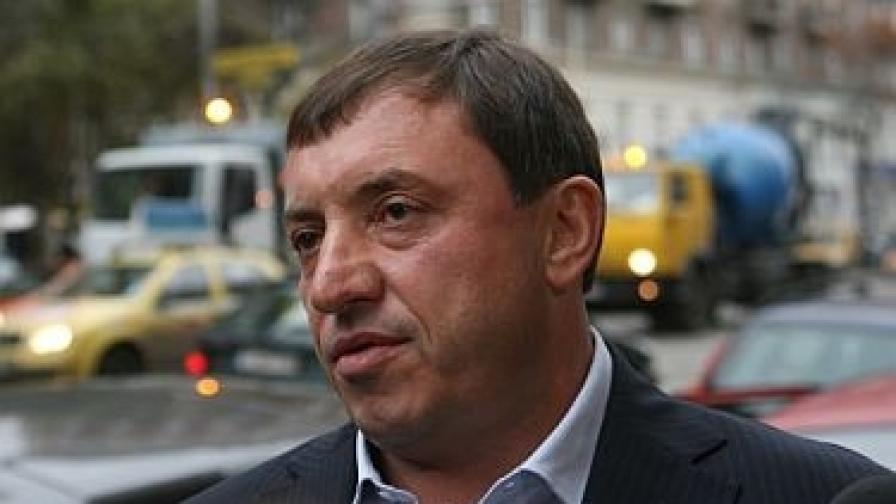 Арестуван е Алексей Петров