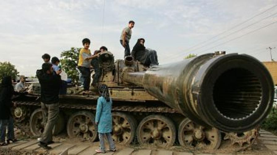 Ирландски агенти доставяли български противотанкови снаряди на Иран