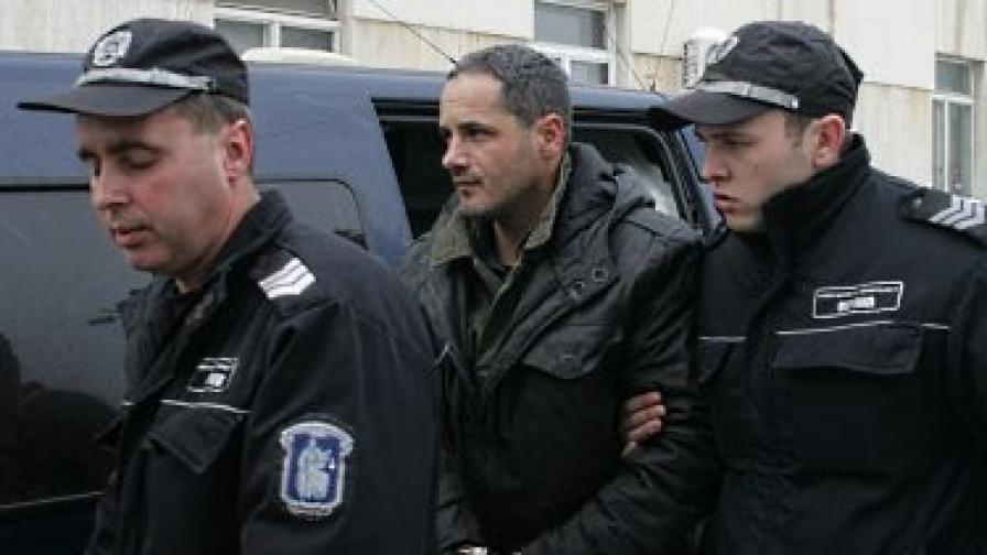 Пуснаха Гейзо от ареста срещу 2000 лв.