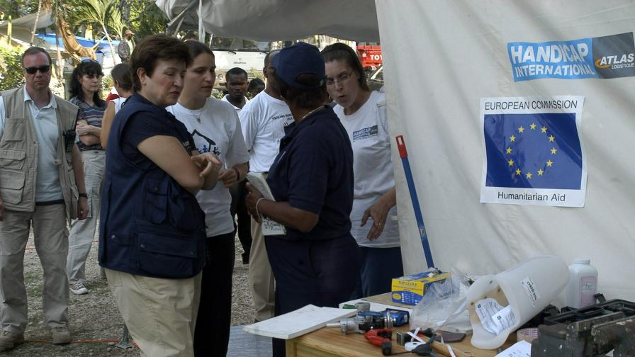 ЕС обеща 1,3 млрд. евро помощи за Хаити