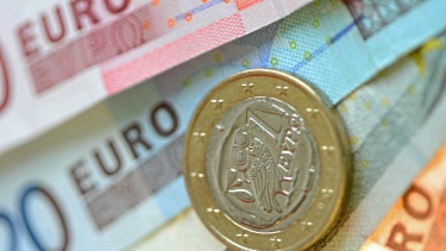 ЕК: Не харчете европари само за пътища