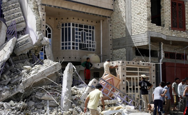 Седем мощни координирани експлозии в Багдад