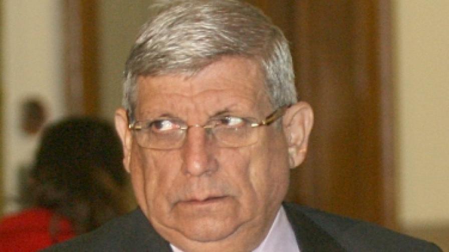 Военният министър Аню Ангелов