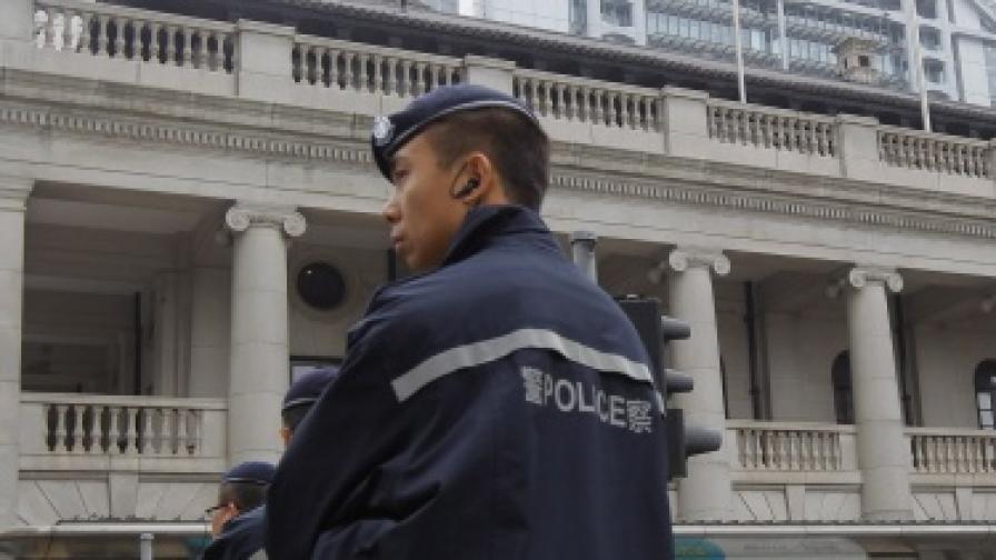 19 намушкани с нож в китайско основно училище