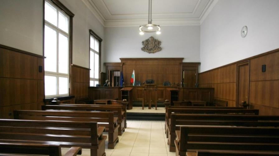 Обвиненията срещу Валери Цветанов и Таки са в съда