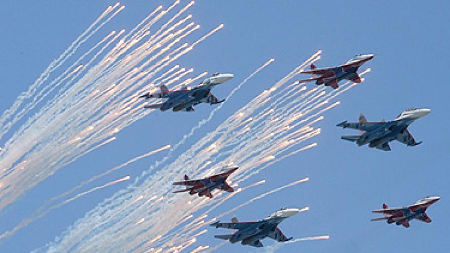 Натовски войски на Червения площад за Деня на победата